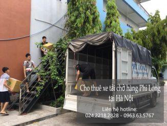 Xe tải chở hàng thuê tại phố Tô Tiến Thành