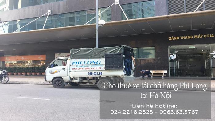 Taxi tải tại phố Đội Nhân