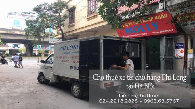 Taxi tải Phi Long tại phố Bát Sứ