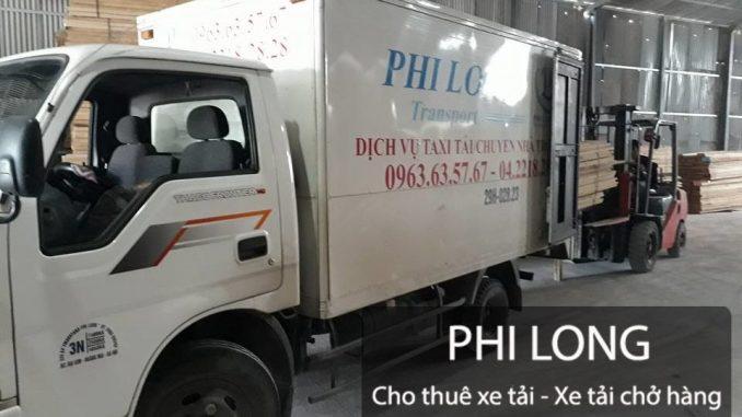 Xe tải chở hàng từ phố Việt Hưng đi Ninh Bình